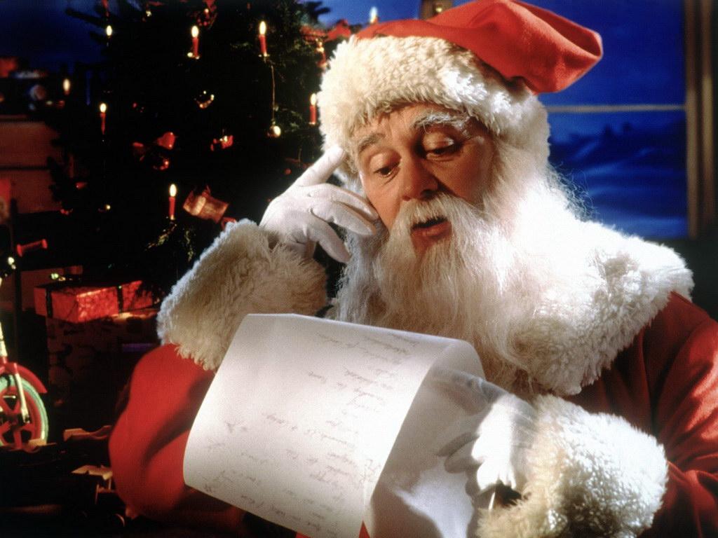 Россияне озвучили свои желания Деду Морозу