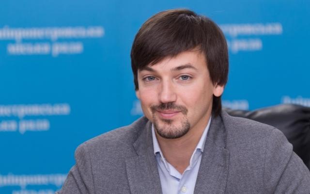 Хмельников остался на посту главы бюджетной комиссии