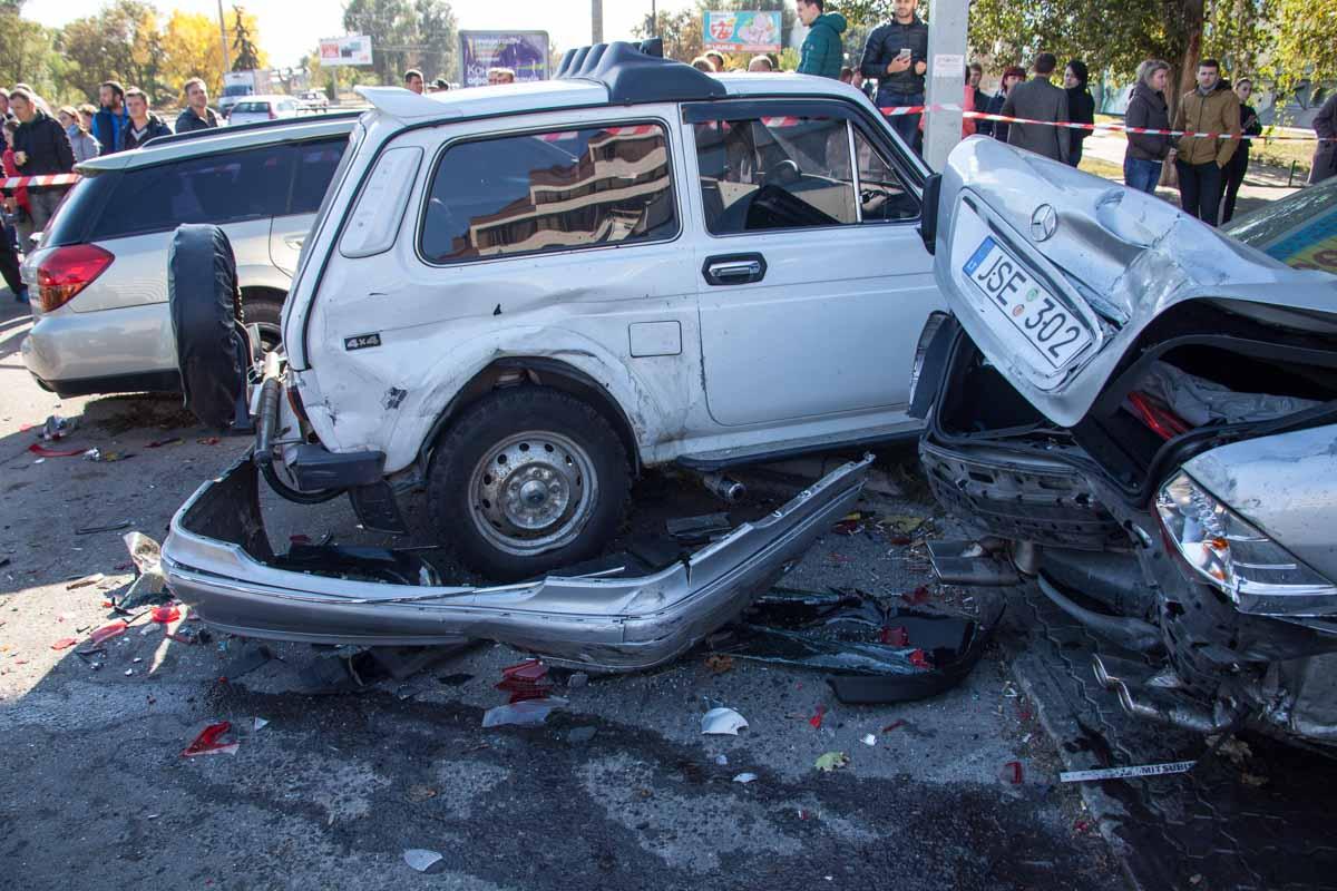 термобелья обеспечивается авария в москве пострадала девушка июль 2017 России Guahoo появилась