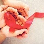 Кожна третя дівчина з ВІЛ не знає, як правильно розкривати свій статус людям поруч